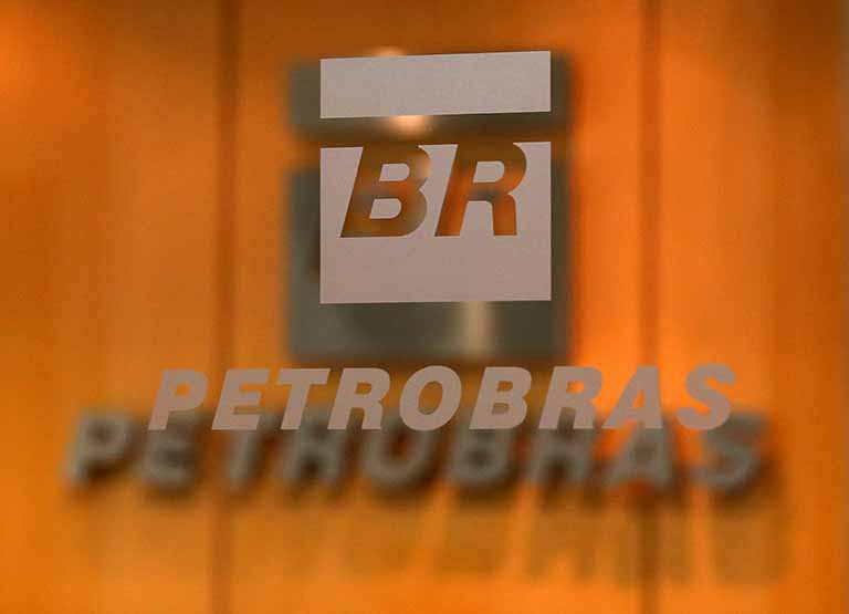 Petrobras reduzirá a gasolina em 3% nas refinarias a partir de hoje