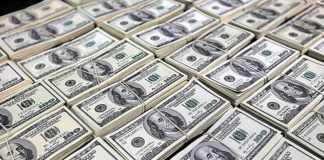 Dólar encerra sessão com alta de 0,22% na véspera de decisão do Copom