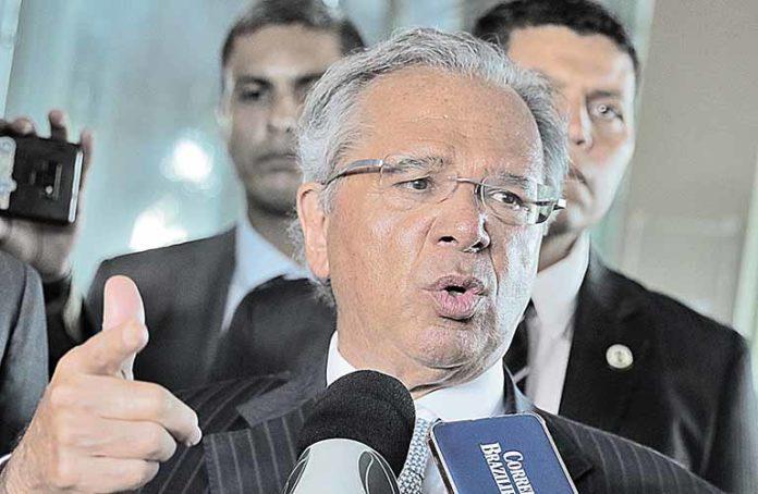 Guedes aposta na aprovação do IVA dual