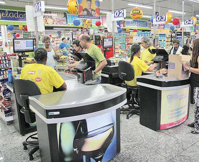 Supermercados de Minas registram alta de 4,22%