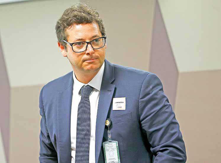 PF investiga conduta do chefe da Secom