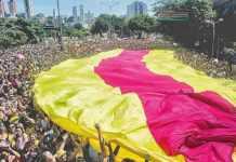 Mais de 36 mi de pessoas devem curtir Carnaval em sete destinos da folia