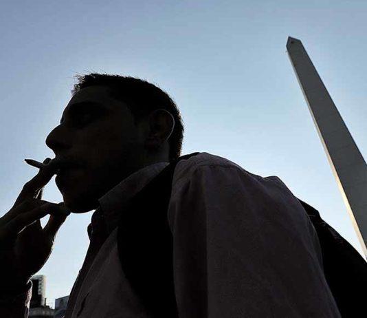 Minas perde R$ 474 milhões por ano com contrabando de cigarro