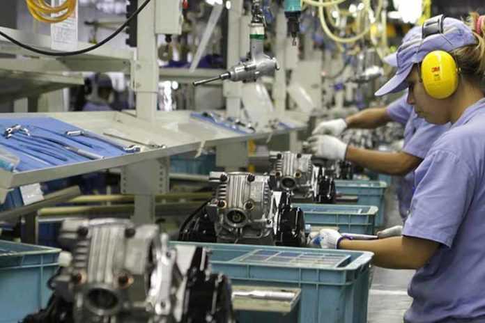 Com efeito Brumadinho, produção industrial recua