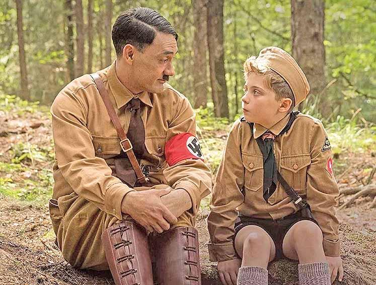 """""""Jojo Rabbit"""" satiriza Hitler e a Alemanha nazista"""