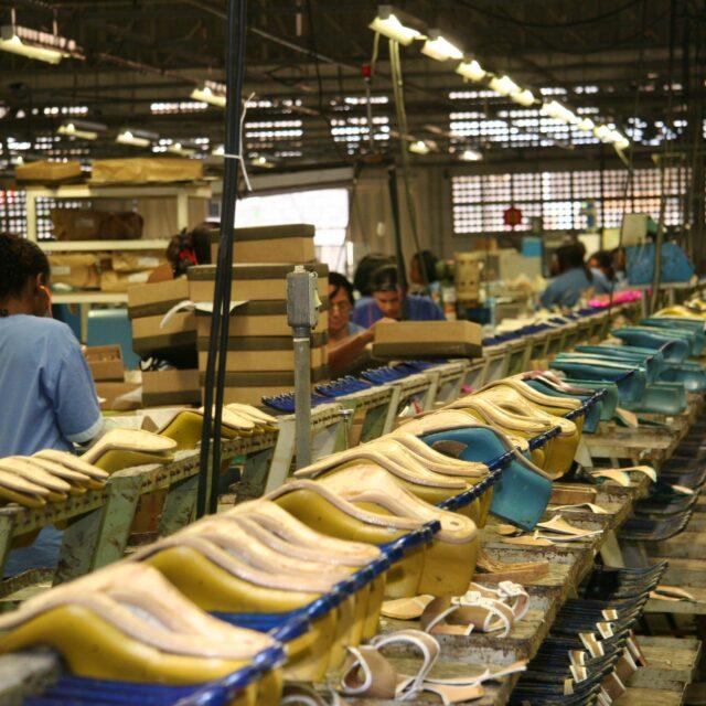 Polo calçadista de Nova Serrana opera com 30% da capacidade