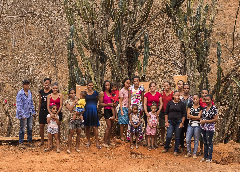 Mulheres do Vale do Jequitinhonha. Ajenai | Crédito: Érika Riani