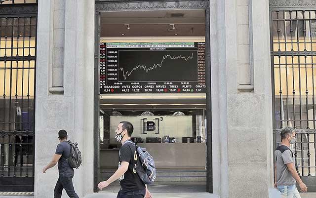 Ações da Bolsa de Valores, em São Paulo
