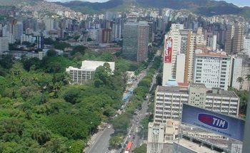 O hipecentro de Belo Horizonte, onde há décadas eram fechados os grandes negócios, vive uma decadência | Crédito: Divulgação/Ascom/APCBH/Adão de Souza